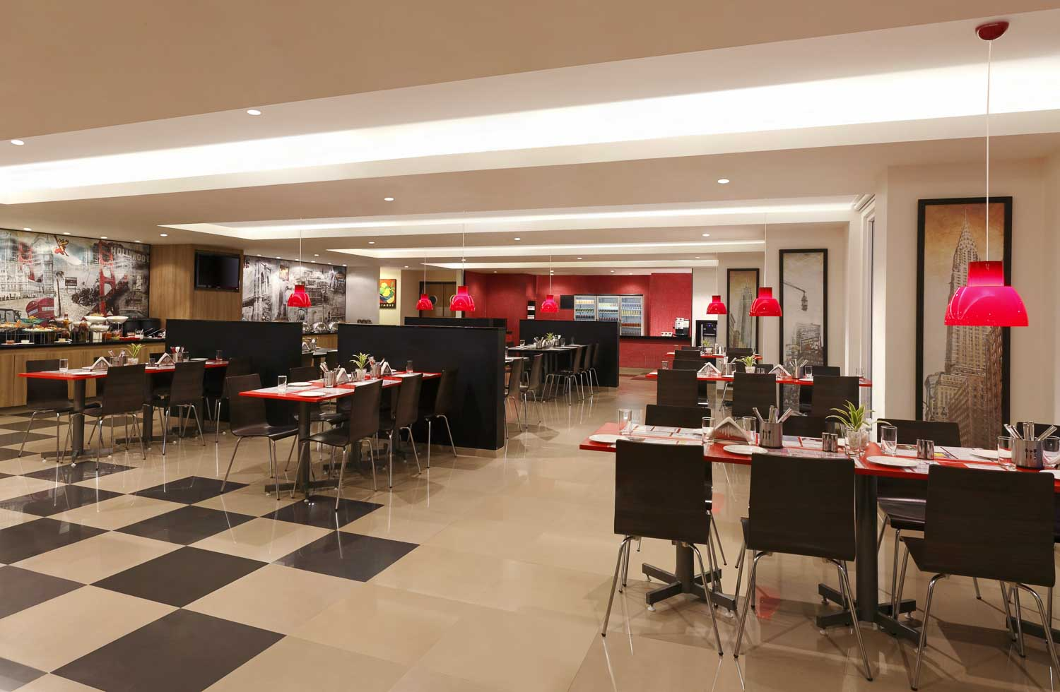 Red Fox Hotel, Hyderabad - Top Restaurant in HITEC City