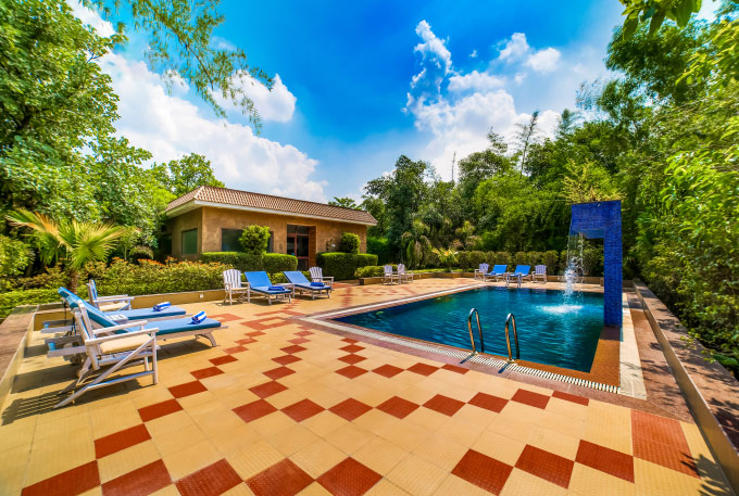 Swimming Pool of Lemon Tree Hotel Bandhavgarh
