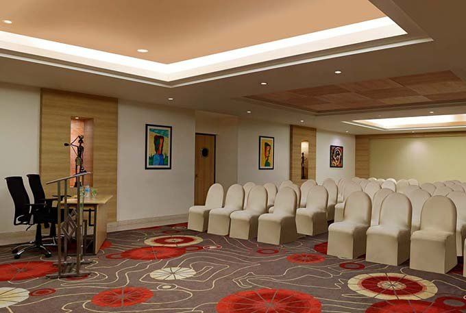 Tangerine Meeting Room at Red Fox Hotel Delhi Airport