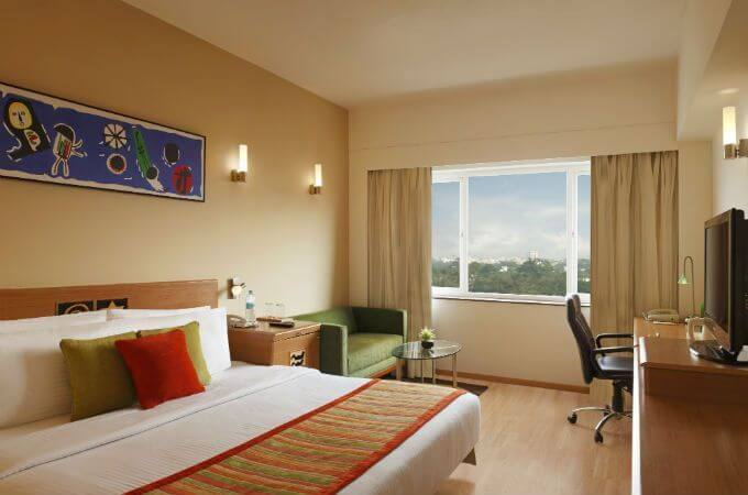 Executive Room at Lemon Tree East Delhi Mall