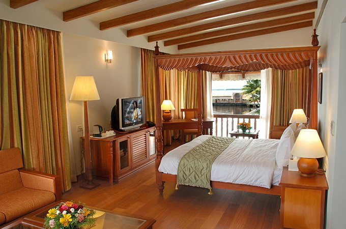 Junior Lake Front Suite at Resorts of Kumarakom