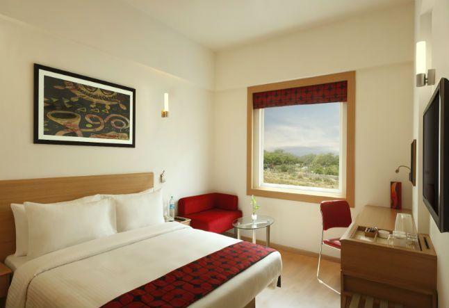 Economical Hotel Near Delhi Airport Red Fox Hotel Delhi