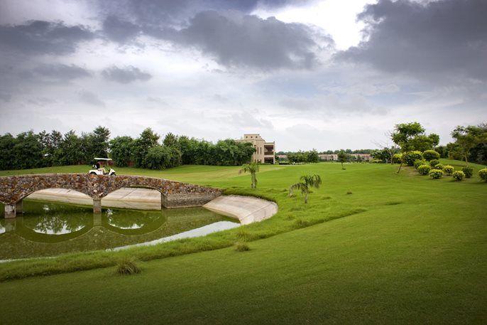 Golf Resort In Manesar Gurgaon Lemon Tree Hotel