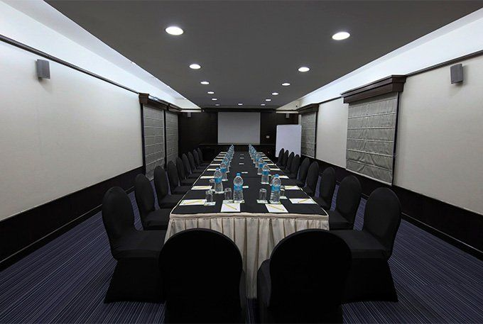 Business Boardroom of Lemon Tree Hotel Tarudhan Valley